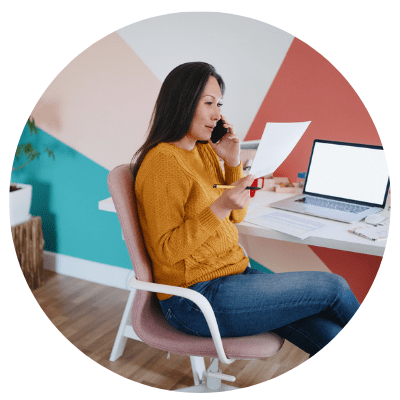 woman building virtual training from home office